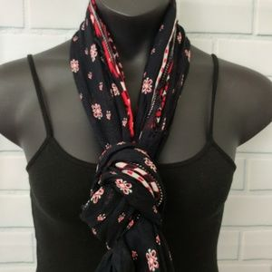 Aeropostale Accessories - Aeropostale Black Red White Infinity Scarf